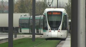 Les nouvelles lignes de tramway se succèdent. En photo :  le T2 à Bezons.